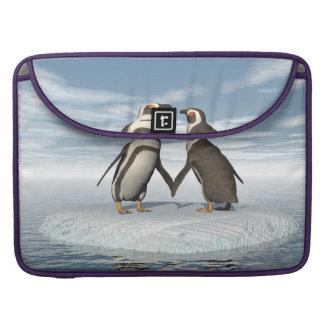 Bolsa Para MacBook Pro Casal dos pinguins