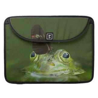 Bolsa Para MacBook Sapo verde e borboleta