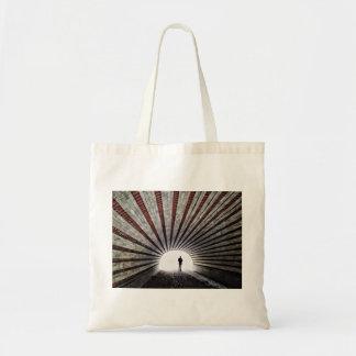 Bolsa Tote A luz na extremidade do túnel