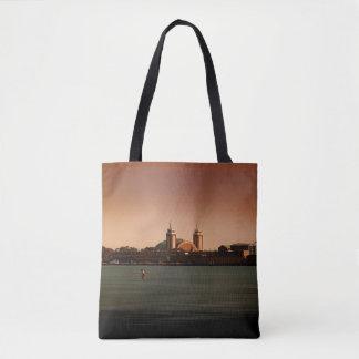 Bolsa Tote Cais do marinho em umas sacolas da cor