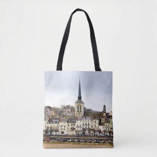 Bolsa Tote Cena do banco de rio de Saumur por todo o lado na