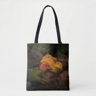Bolsa Tote Flor bonita do amarelo e do ouro na sacola