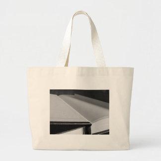 Bolsa Tote Grande A segunda mão registra com páginas vazias em uma