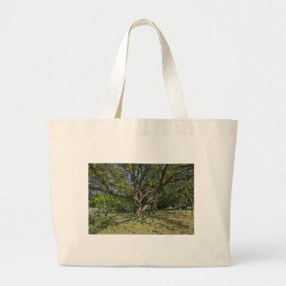Bolsa Tote Grande Árvore na primavera