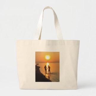 Bolsa Tote Grande Dois amantes no nascer do sol