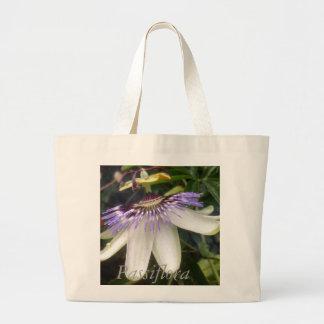 Bolsa Tote Grande Flor branca e malva da paixão