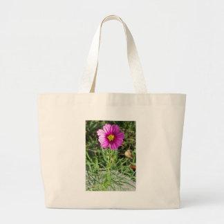 Bolsa Tote Grande Flor cor-de-rosa escura da margarida do cosmos