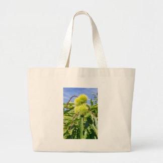 Bolsa Tote Grande Husks do verde e folhas da árvore de castanha