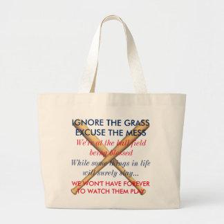 Bolsa Tote Grande Ignore a grama. Desculpe a confusão. Mães do