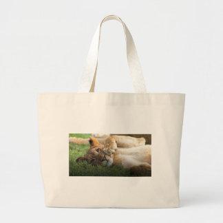 Bolsa Tote Grande Leão Cub africano