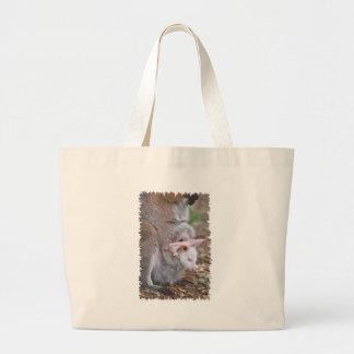 Bolsa Tote Grande Wallaby de pescoço encarnado e seu joey