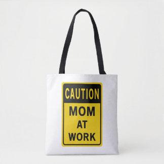 Bolsa Tote Mamã no saco de compras do trabalho