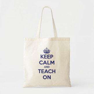 Bolsa Tote Mantenha a calma e ensine-a na sacola azul do orça