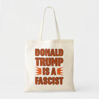 Bolsa Tote O trunfo é um fascista