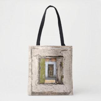 Bolsa Tote Parede, janela e porta