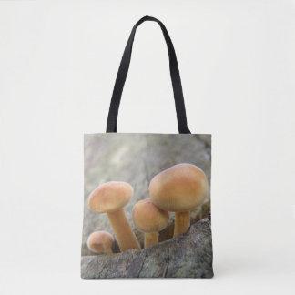 Bolsa Tote Toadstools em uma sacola do tronco de árvore