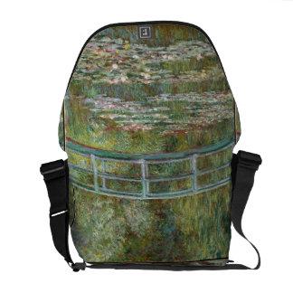 Bolsas Mensageiro Ponte da arte de Monet sobre uma lagoa de lírios