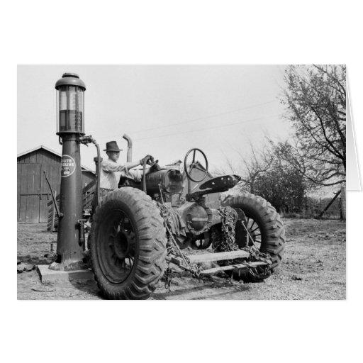 Bomba de gás na fazenda, os anos 40 do vintage cartão