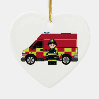 Bombeiro bonito dos desenhos animados ornamento de cerâmica coração