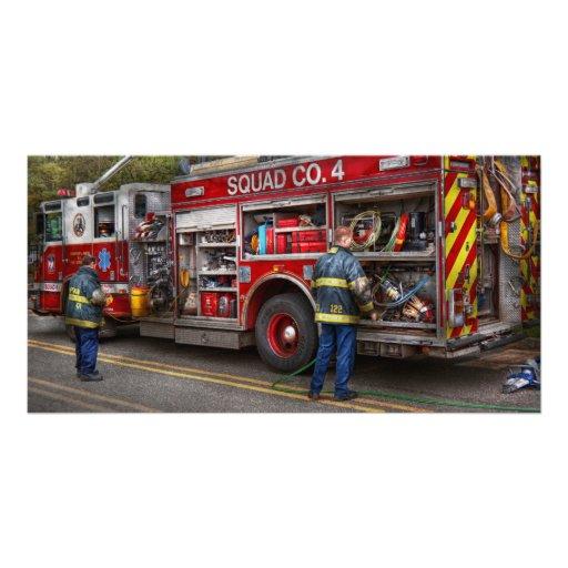 Bombeiros o carro de bombeiros moderno cart o com fotos for Carro compra moderno