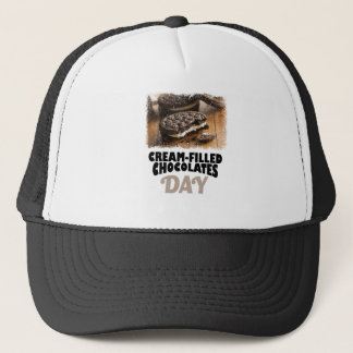 Boné 14 de fevereiro - dia Creme-Enchido dos chocolates