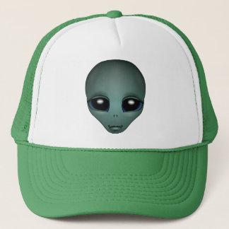 Boné A alienígena tampa o chapéu do camionista dos