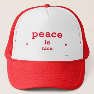 Boné a paz é chapéu agradável do camionista
