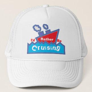 Boné A preferencialmente seja chapéu de cruzamento