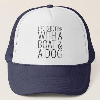 Boné A vida é melhor com um barco & um chapéu do cão