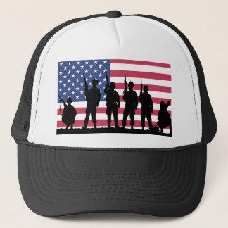Boné Bandeira americana com silhueta dos soldados