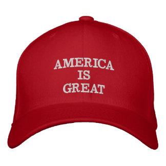 Boné Bordado América é grande