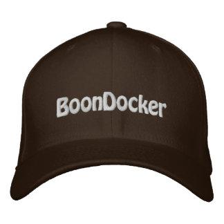 "Boné Bordado Chapéu de ""BoonDocker"" FlexFit Brown Sledders.com"
