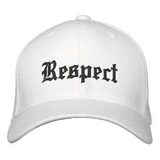 Boné Bordado Chapéu do respeito no branco com letras pretas