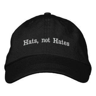 Boné Bordado Chapéus, não ódios