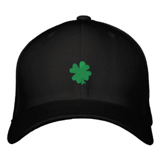 """Boné Bordado Do """"chapéu celta de FlexFit do trevo verde"""" da"""