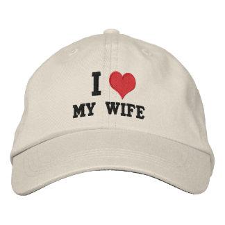 """Boné Bordado """"Eu amo minha esposa """""""