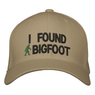 Boné Bordado Eu encontrei bigfoot