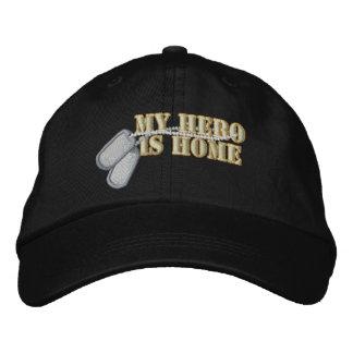 Boné Bordado Meu herói é casa