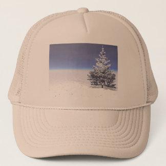 Boné branco da árvore e da neve