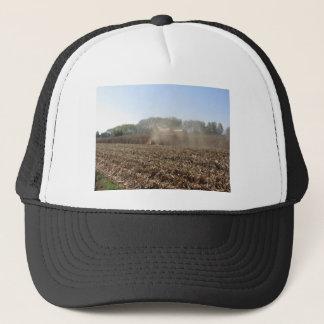 Boné Colheita do milho da colheita mecanizada no campo