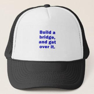 Boné Construa uma ponte e obtenha-a sobre ela