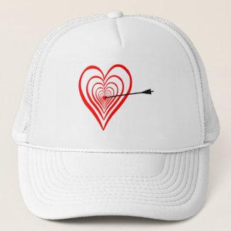 Boné Coração alvo com seta