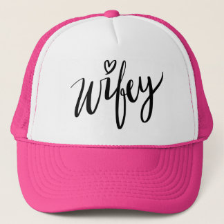Boné Entregue chapéu indicado por letras do camionista