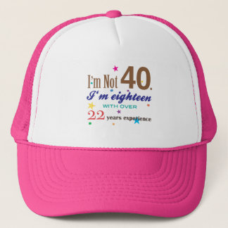 Boné Eu não sou 40 - presente de aniversário engraçado