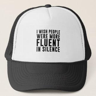 Boné Fluente no silêncio