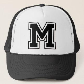 """Boné Inicial do monograma """"M"""""""