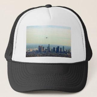 Boné LA e helicóptero