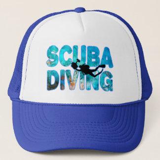 Boné Mergulhador do mergulho autónomo com terno de