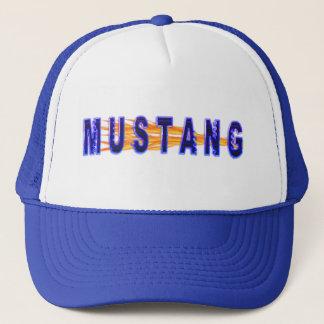 Boné Mustang e chamas azuis de néon