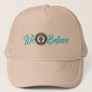 Boné Nós acreditamos o chapéu do camionista